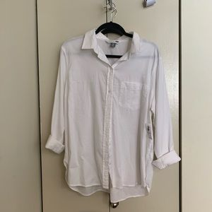 White cotton button up — THE CLASSIC (old navy)